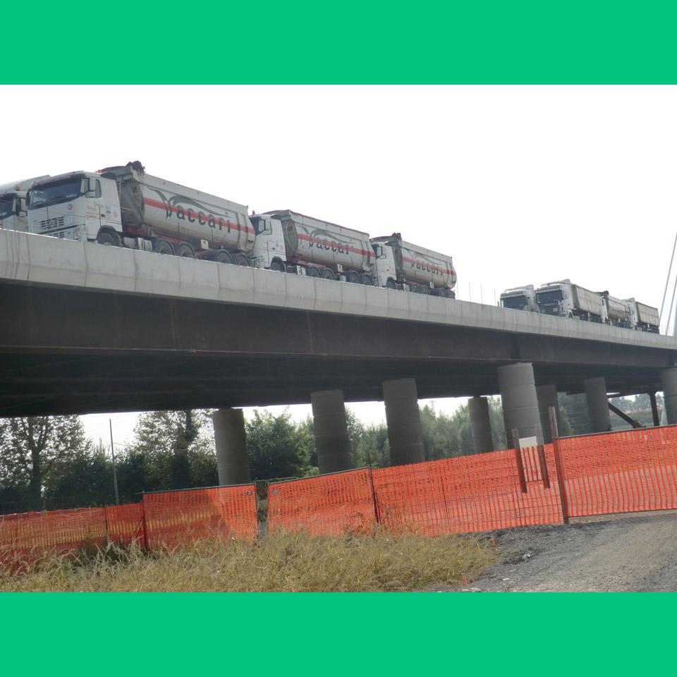 prova di carico sul ponte sull'Adige